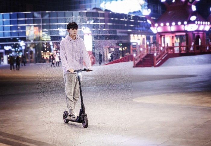 Smoking gun!The M2, lenovo's electric scooter for smart travel, will hit the market in May